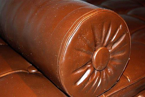 Chocolate couch by Leandro Erlich