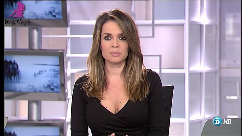 CARME CHAPARRO, INFORMATIVOS TELECINCO (08.02.14)