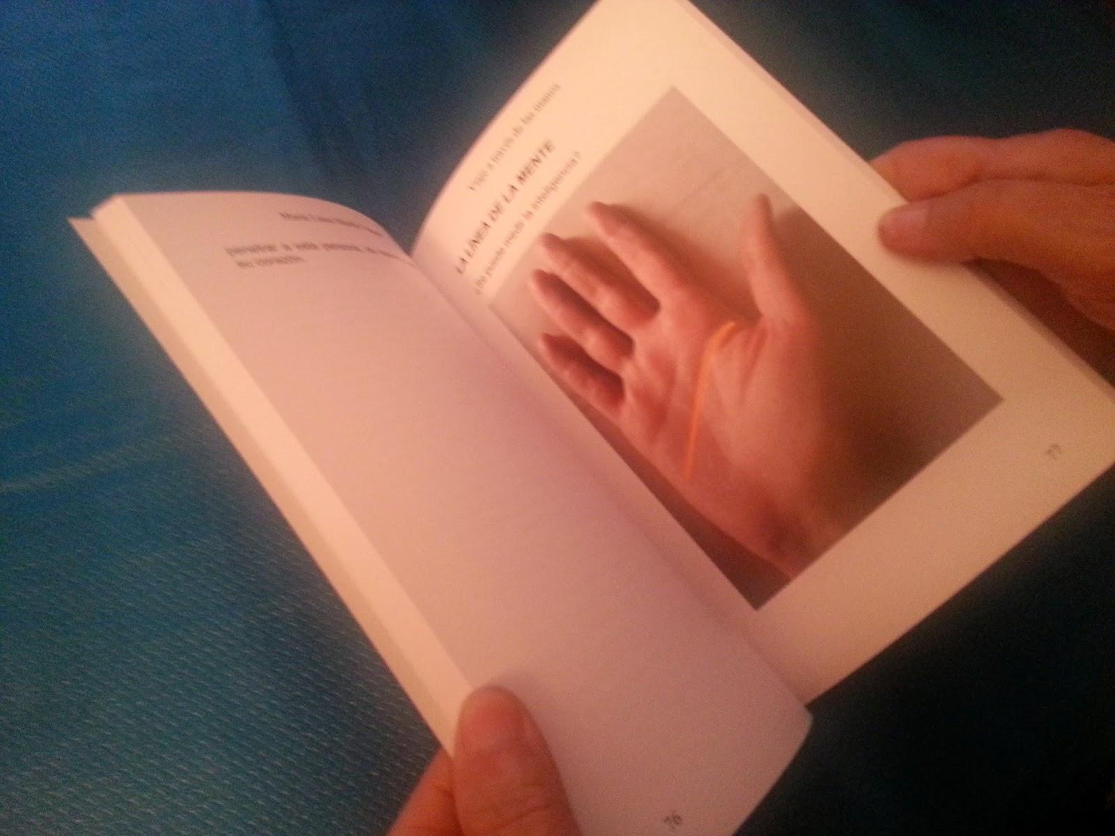 Viaje a través de las manos. Libro de lectura de manos