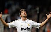 Kaká brilha como nos velhos tempos