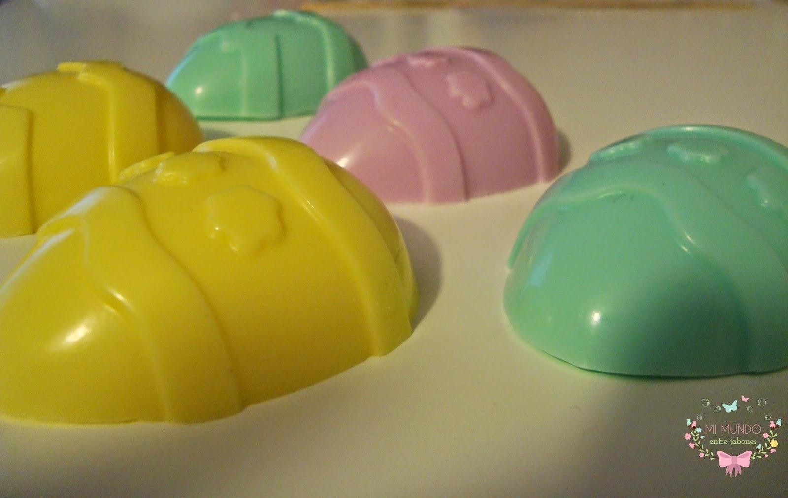 Huevos de Pascua en jabon