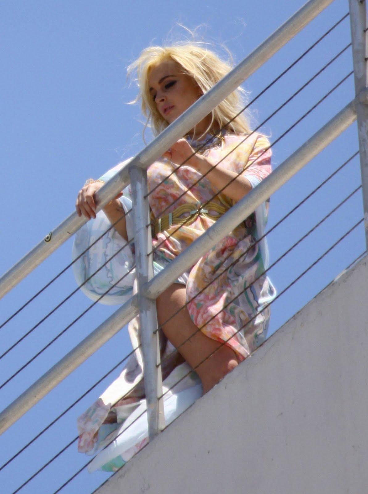 Windy Upskirt Lindsay Lohan