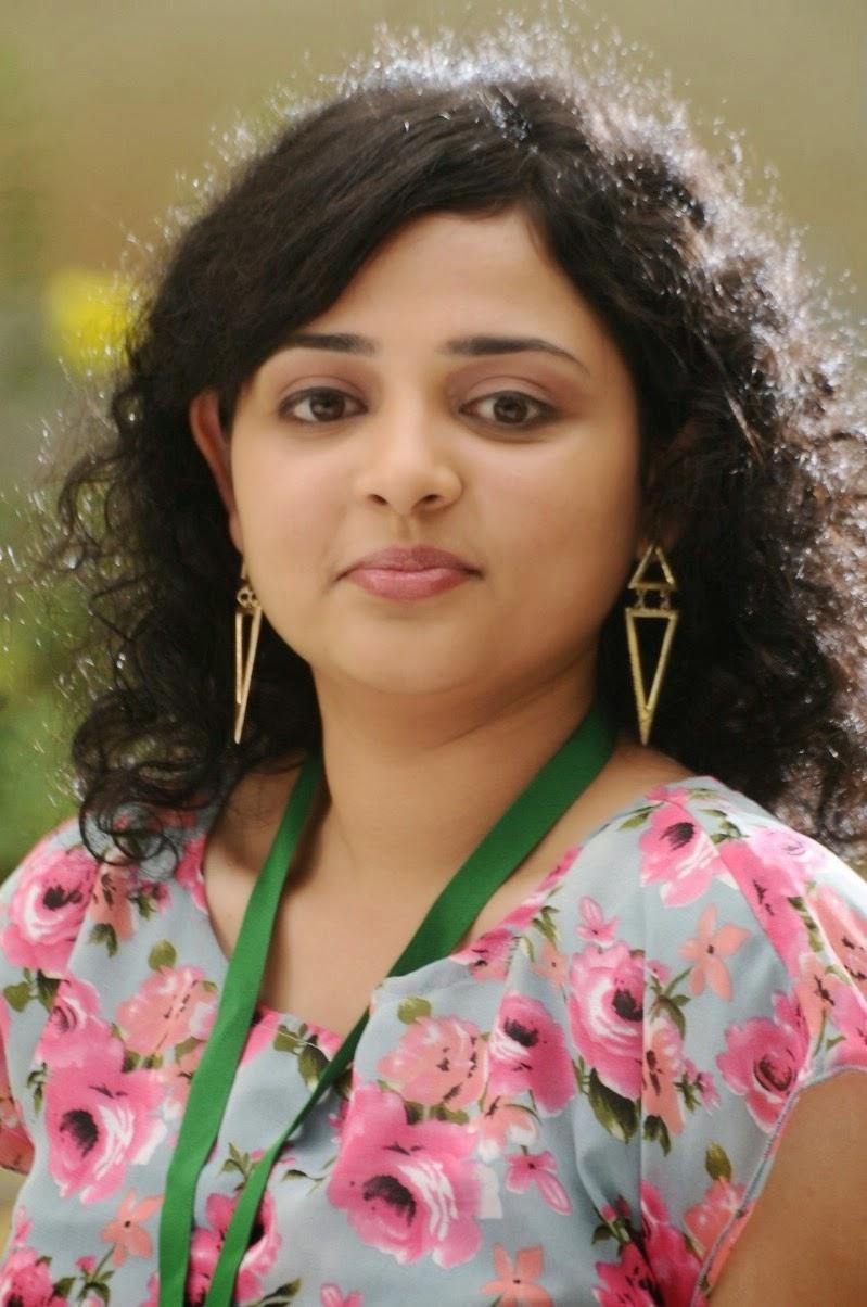 Tamil Actress Janani Rajan Latest Stills