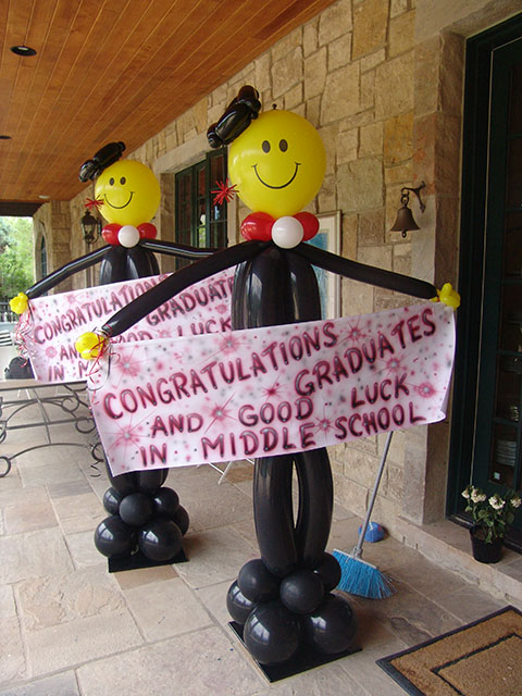 Balloon graduation invitations pictures