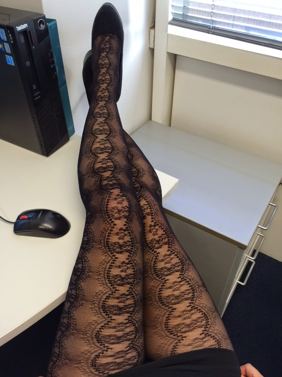 lacy tights