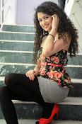 Soumya Sukumar New photo shoot-thumbnail-12