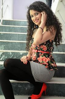 Sowmya Sukumar  latest glam pics 025.jpg
