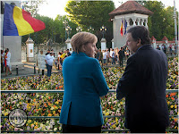 Funny photo Jose Manuel Barroso Angela Merkel Panseluţe