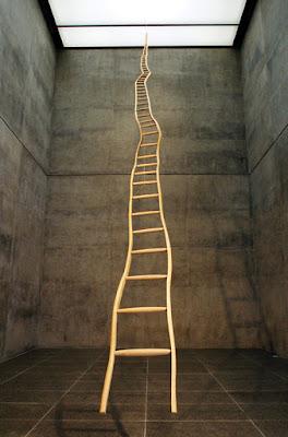 http://2.bp.blogspot.com/-q8T_ETZsEng/VpQ6s2tkHvI/AAAAAAAAM70/MjhiCIjkOCM/s400/puryear_ladder2.jpg