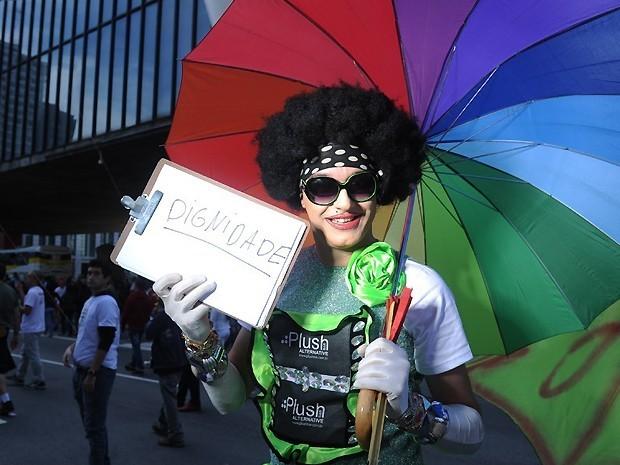 Priscilla Drag define em uma palavra o que representa a 16ª Parada do Orgulho LGBT (Foto: Raul Zito)