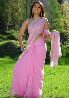 Indian girls in saree wallpaper