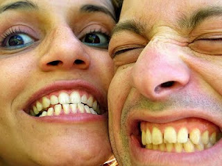 4 Cara Memutihkan Gigi Kuning