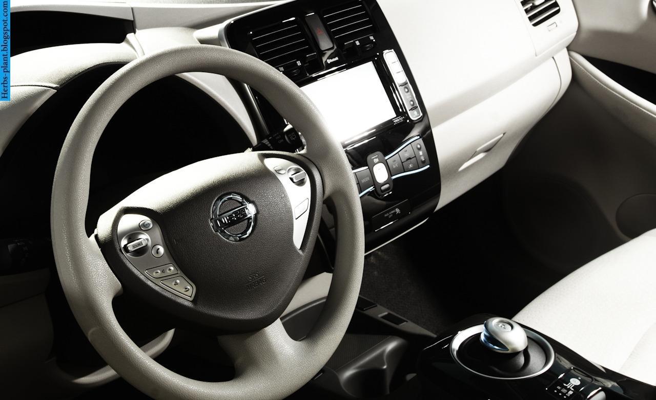 Nissan leaf car 2011 dashboard - صور تابلوه سيارة نيسان ليف 2011