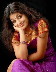 Mythili-hot-malayalam-Actress-2