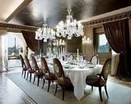 ruang makan klasik modern