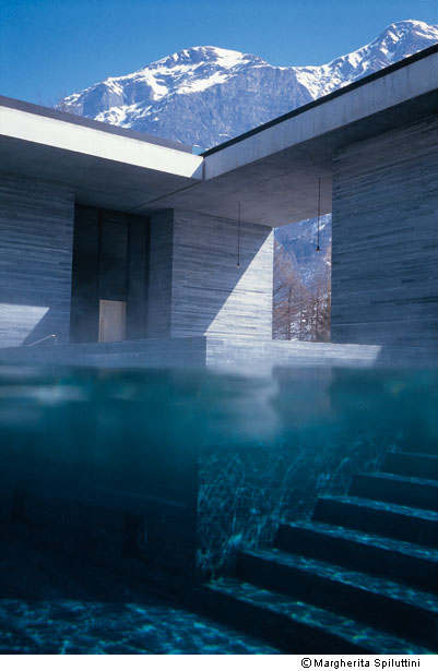 val rie adoooore les thermes de vals en suisse. Black Bedroom Furniture Sets. Home Design Ideas