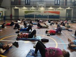 Workshop de Yoga realizado no CEU Jaçanã