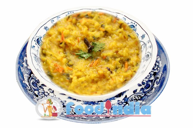 Tasty diet food moog dal khichdi recipe indian food recipe tips khichdi is light weight food and all time favourite for indians special for those who follow diet moog dal khichdi is easy to make and great combination forumfinder Gallery