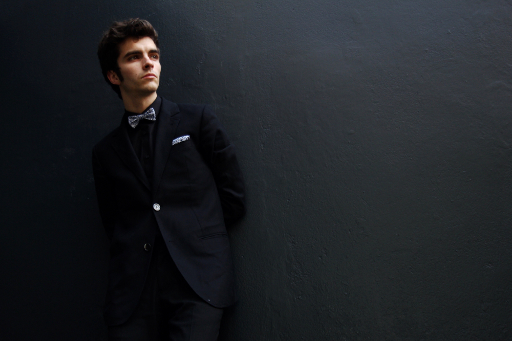BLOG-MODE-HOMME_STYLE_nouvel-an-new-year-eve-menstyle-black-suit-costume-noeud-pap-asos