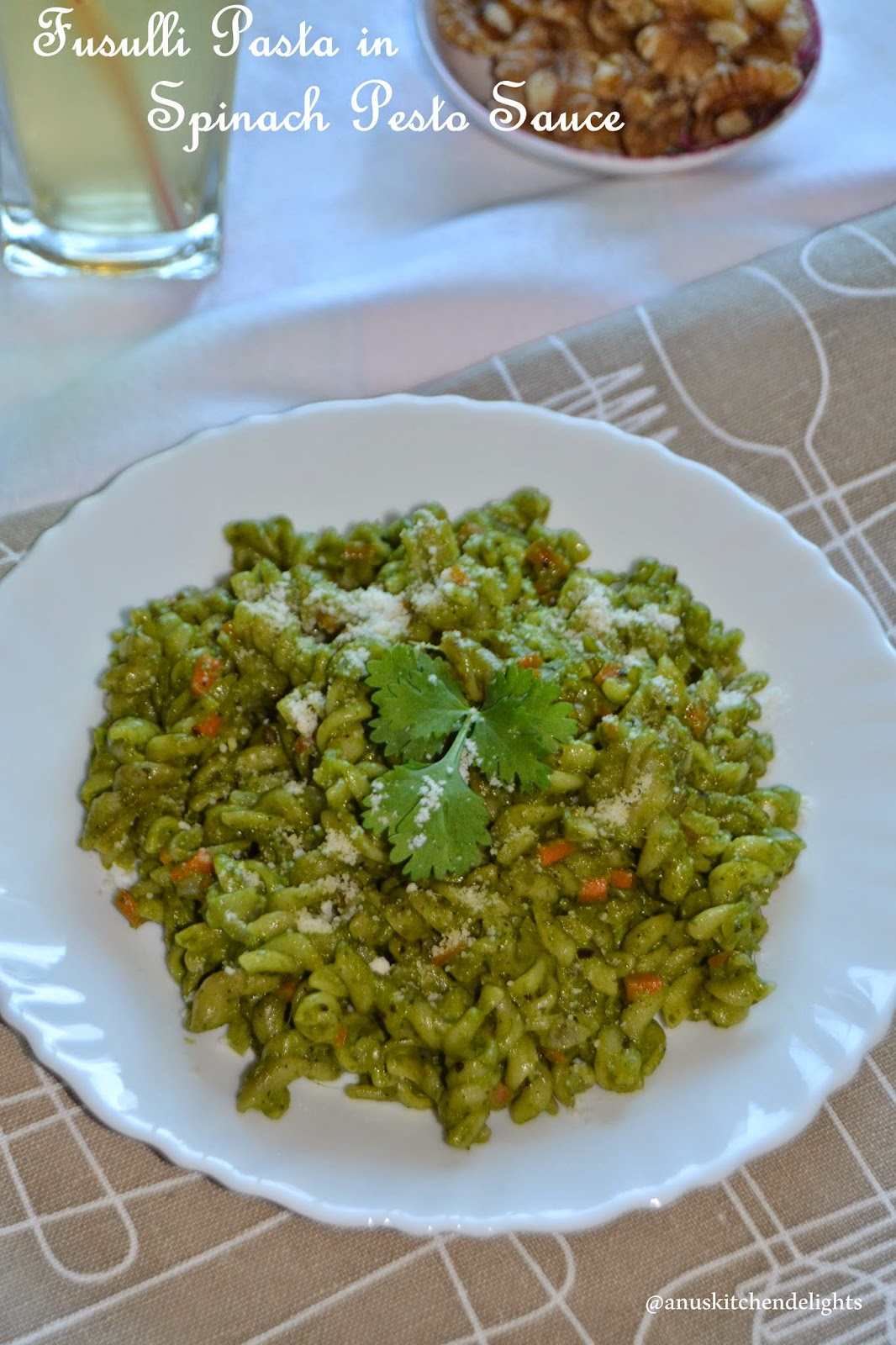 Pasta with Spinach Walnut Pesto
