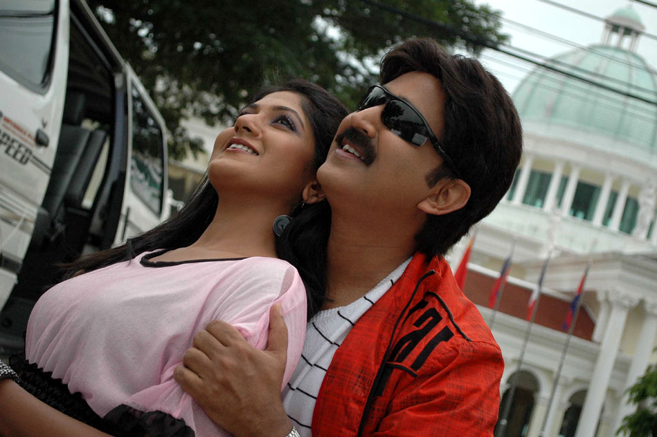 - Kannada Movie 'Kalla Malla Sulla' Stills
