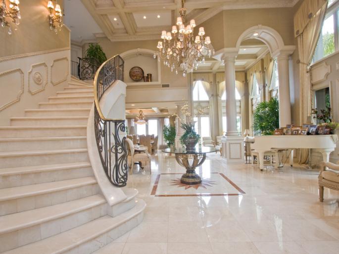 Escaleras de casas de lujo finest escaleras de lujo with for Escaleras de casas de lujo