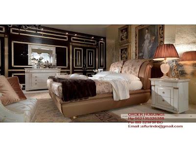 Mebel ukiran jepara mebel ukir jepara mebel jati jepara tempat tidur ukiran jati jepara jual mebel jepara classic antique french duco Jati code Dipan jati109