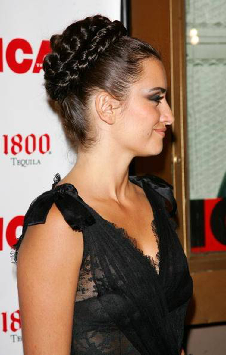 Fashionable Celebrity Hairstyle Penelope Cruz 16