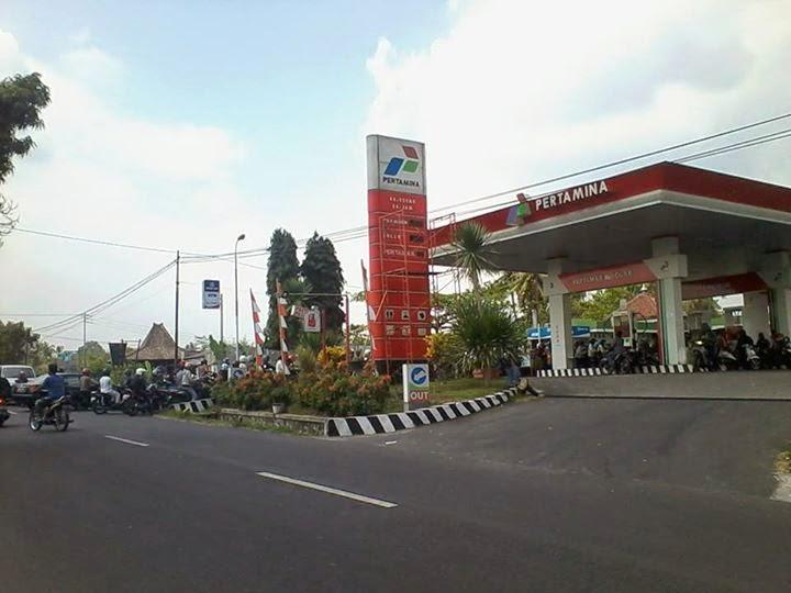 Di Bandung dan Jakarta, Kelangkaan BBM Bersubsidi Motor hanya Boleh Beli Premium Rp 10rb
