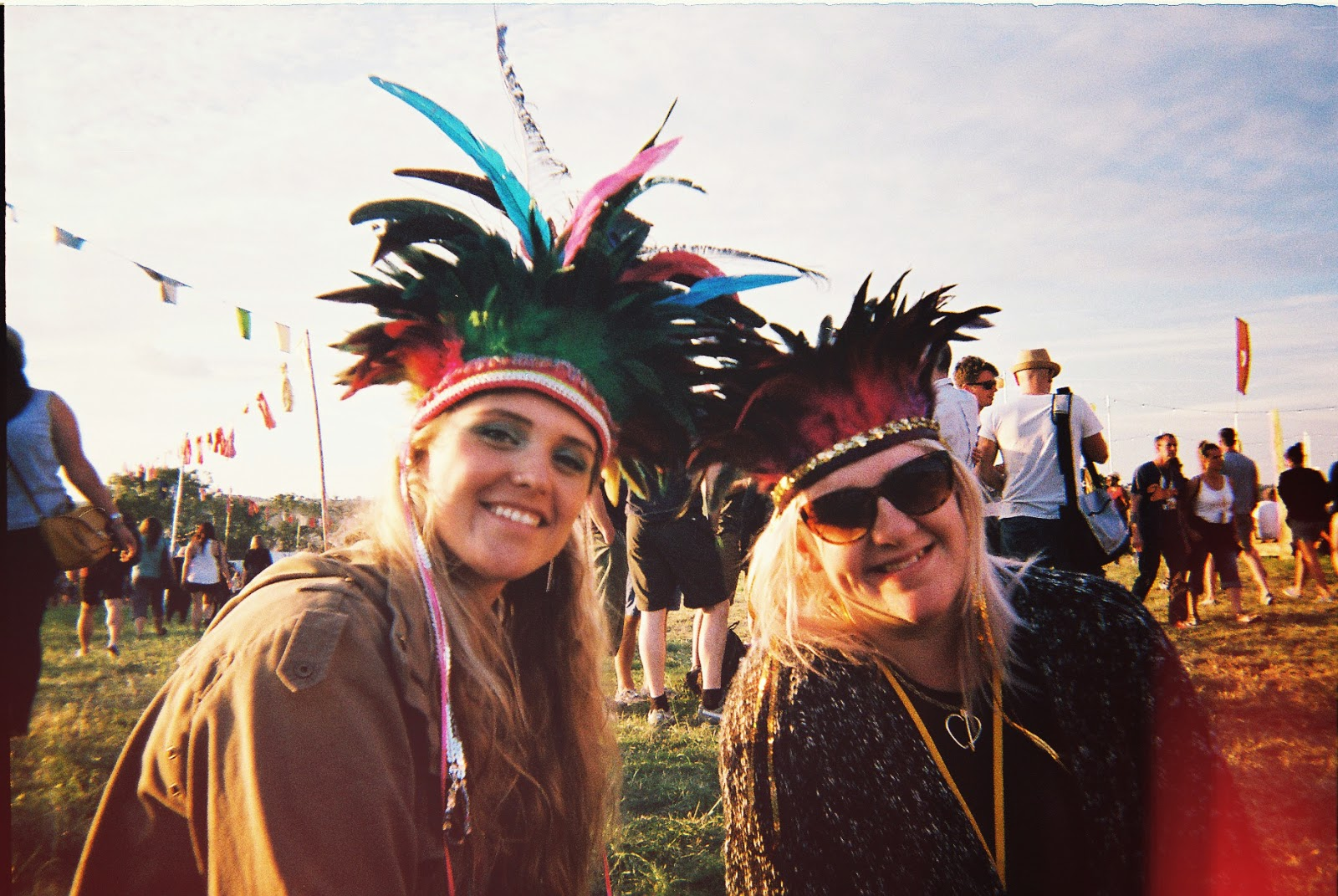 glastonbury, feather headdress, dulcie's feathers