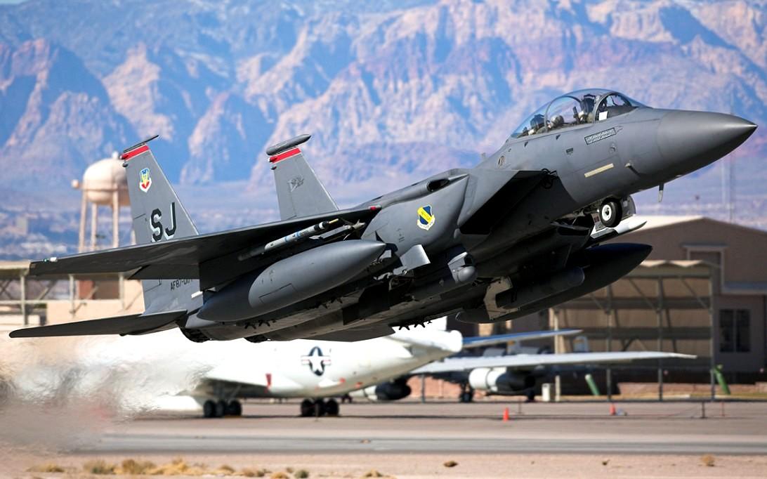 F-15 Eagle Jet Fifghter Wallpaper 2