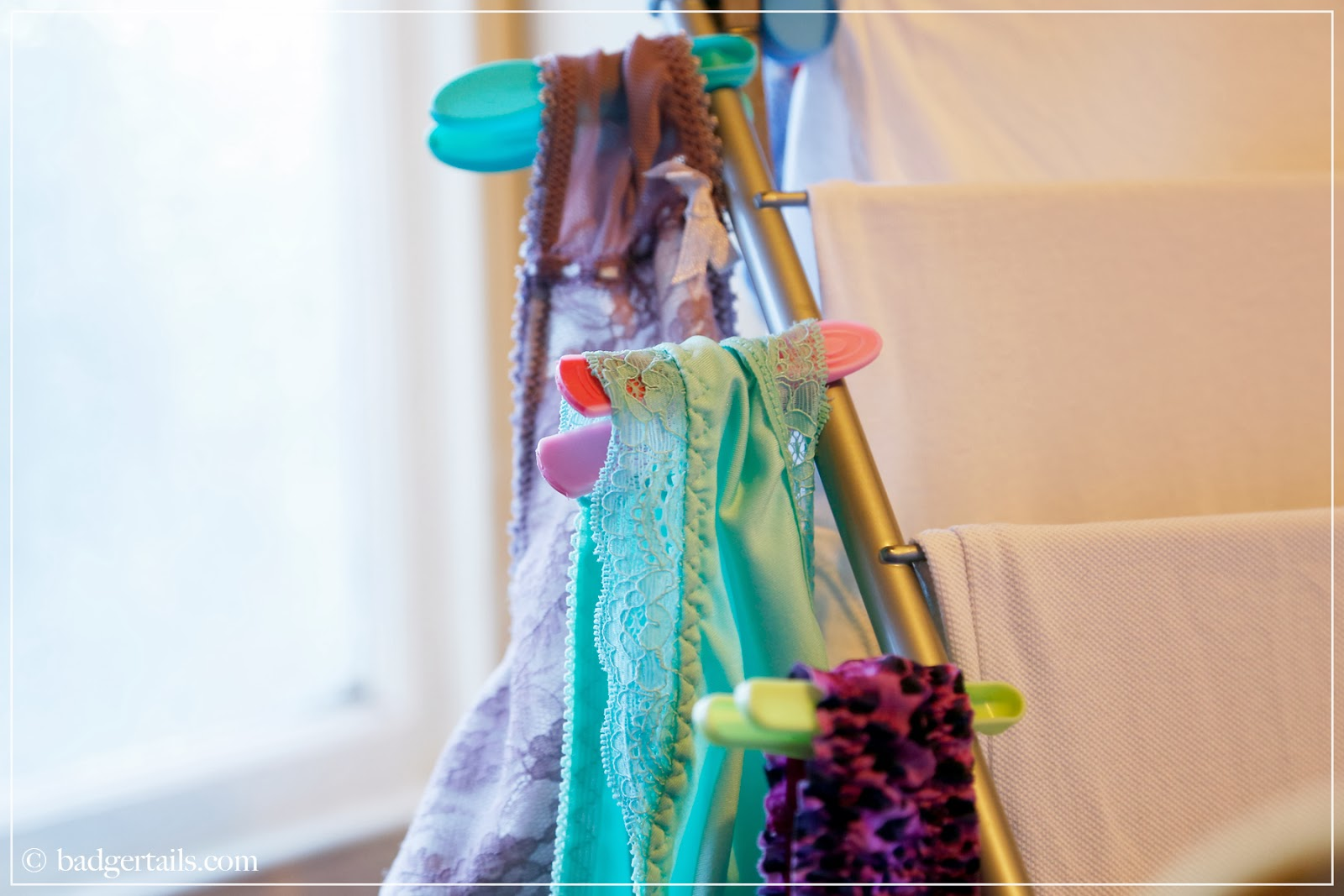 washing drying laundry homemaking tips