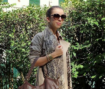 Leopard print foulard