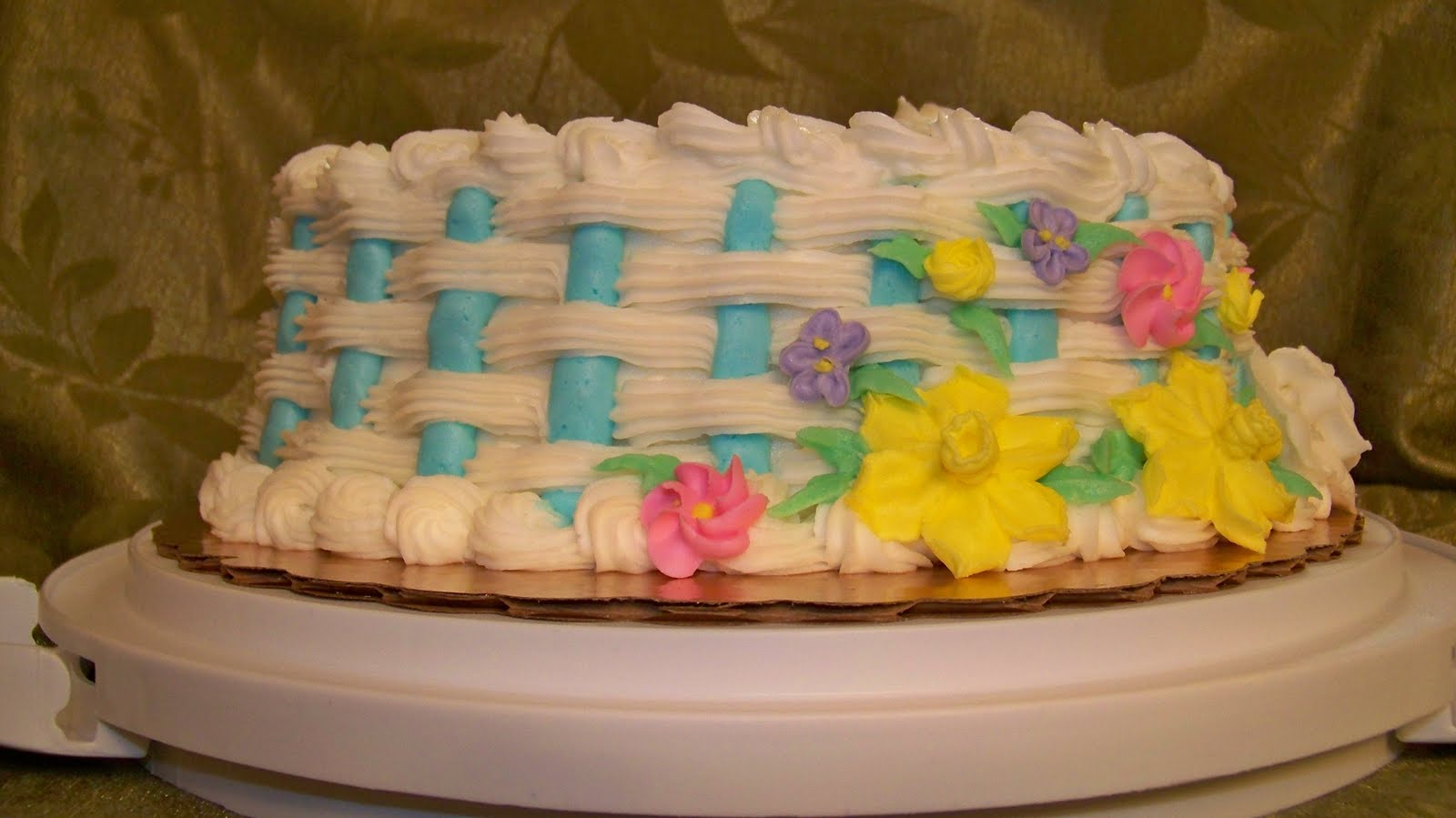 Cake Decorating Pueblo Co : My Cake by Tori: Heart Flower Basket