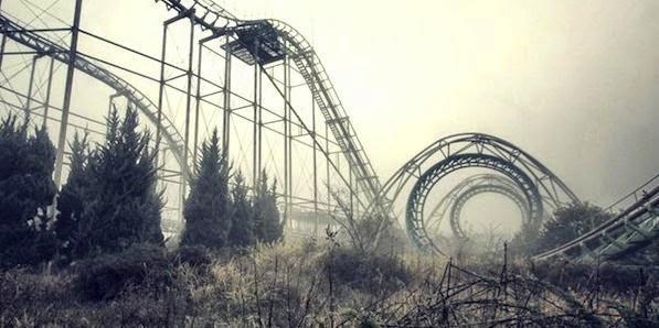Foto Seram Taman Hiburan yang Ditinggalkan