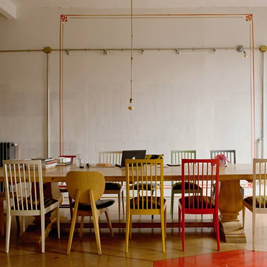 Mix Match Kitchen Chairs: Mostaza Seed: Secrets To An Effortless, Industrial