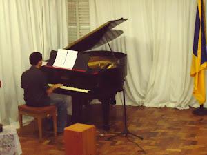 Givaldo Macedo  da  Silva (piano)