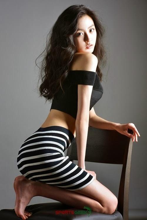 BESTie Haeryung Sexy Sports Geek CF