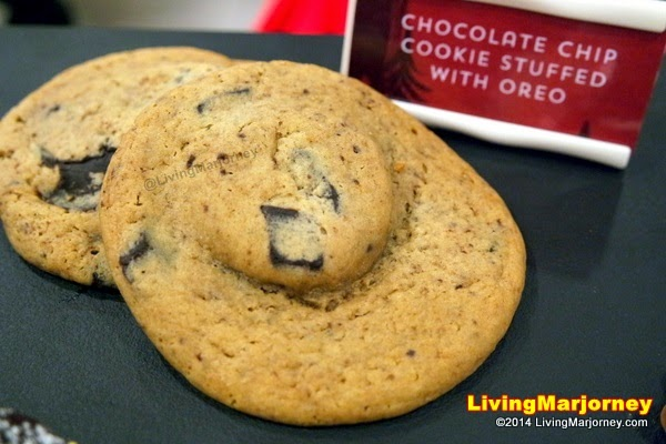 Chocolate Chip Cookie Stuffed with Oreo