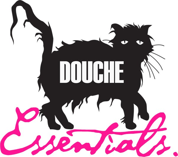 DOUCHE ESSENTIALS
