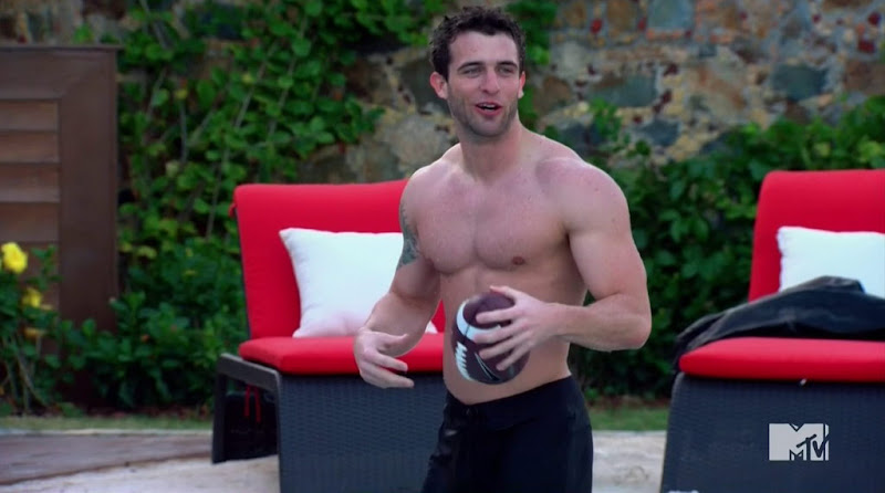 Trey Shirtless in The Real World St. Thomas s27e1