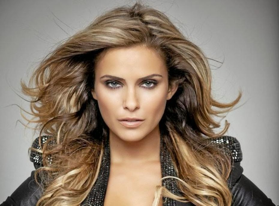 clara morgane france hot and beautiful women of the world. Black Bedroom Furniture Sets. Home Design Ideas
