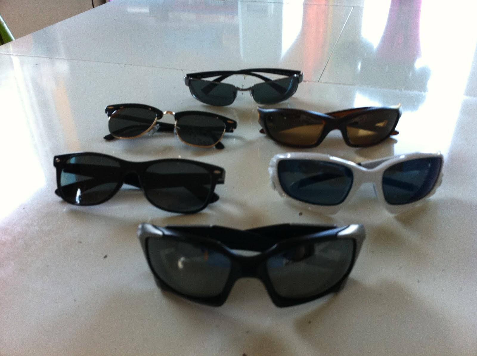 De actuele collectie zonnebrillen voorop de oakley pitboss
