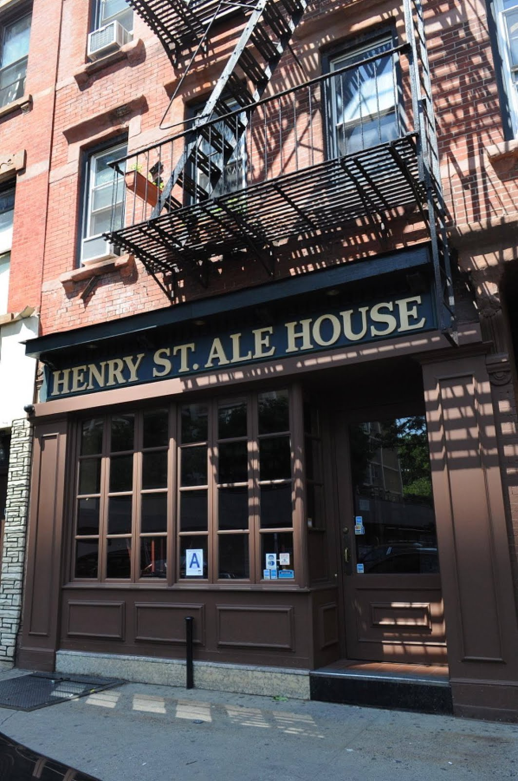 Henry Street Ale House