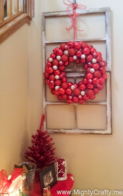 Ornament Wreath - www.MightyCrafty.me