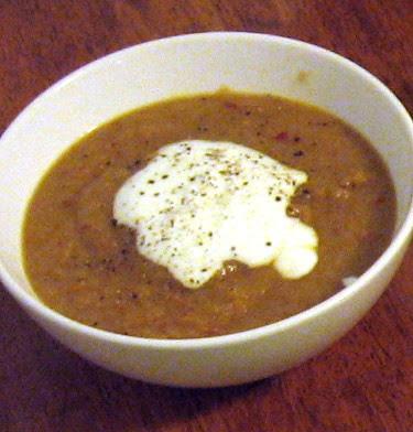 cauliflower leek soup with smoky pepper flakes