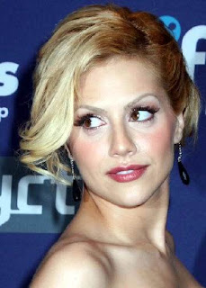 Brittany Murphy Short Hairstyles - Celebrity hairstyle Ideas for Girls
