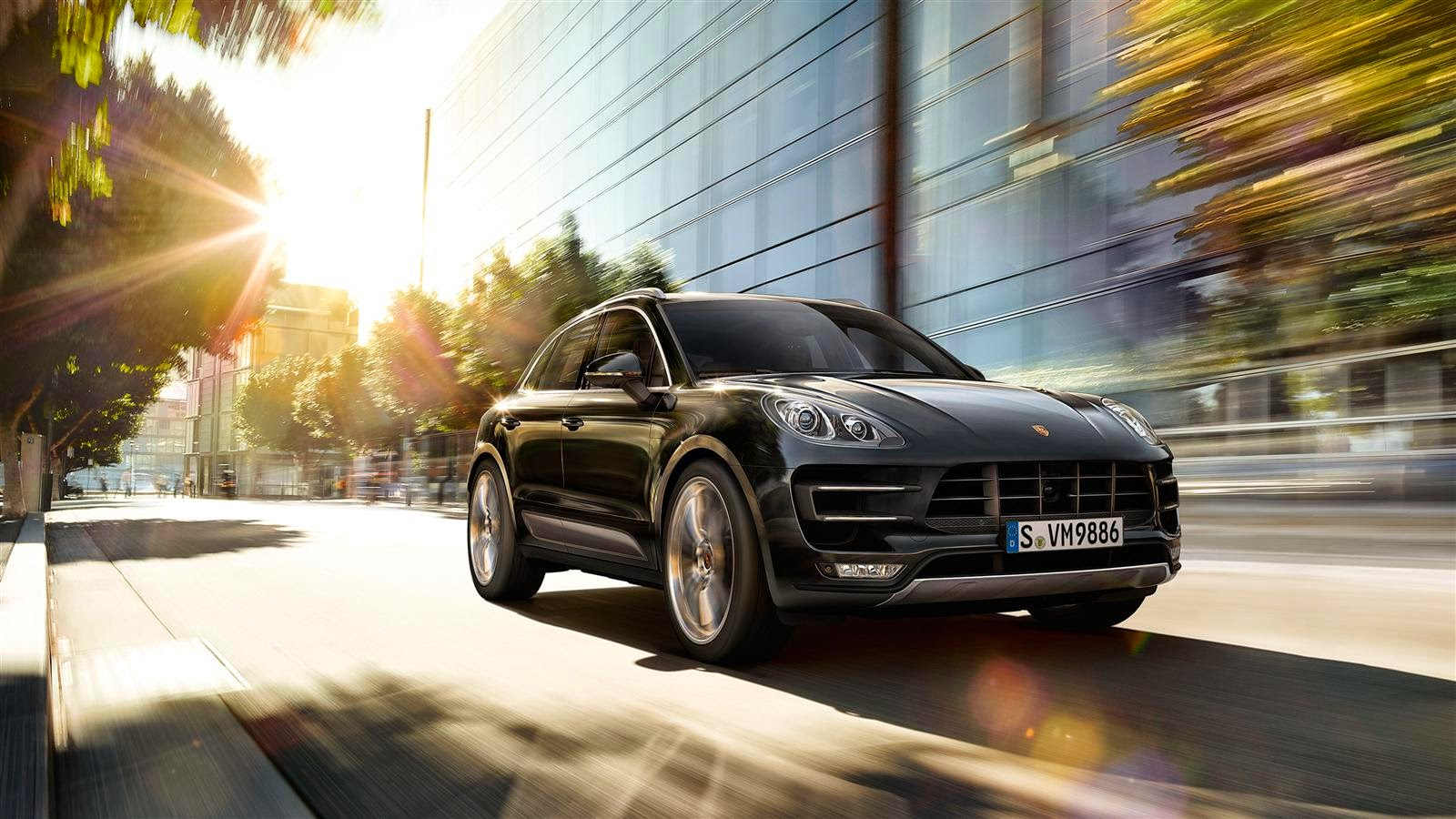 Porsche Macan Turbo Front View Image