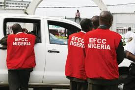 #Dasukigate: Buhari's associate, Jafaru Isa, returns N100million to EFCC