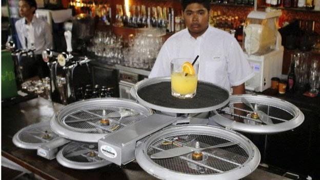 """Wiiihhh ! di Singapura Ada Restoran Yang Mengantar Pesanan Menggunakan """"Drone"""""""